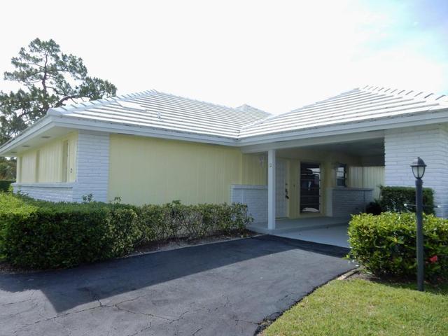 12 Slash Pine Dr, Boynton Beach, FL 33436