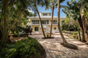 550 SE Saint Lucie Blvd, Stuart, FL