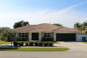 702 SW 33rd Pl, Boynton Beach, FL 33435