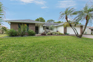1549 Eastlake Ln, Sebastian, FL