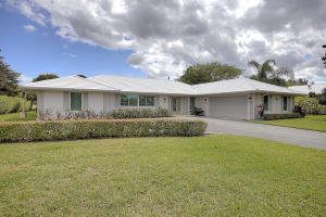 408 S Country Club Dr, Lake Worth, FL
