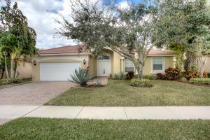 6705 Murano Way, Lake Worth, FL 33467