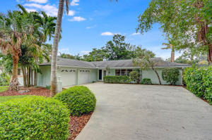 21 S Ridgeview Rd, Sewalls Point, FL 34996