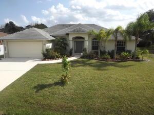 1050 SW Dubois Ave, Port Saint Lucie, FL