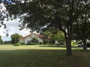 876 Cindy Circle Ln, Wellington, FL