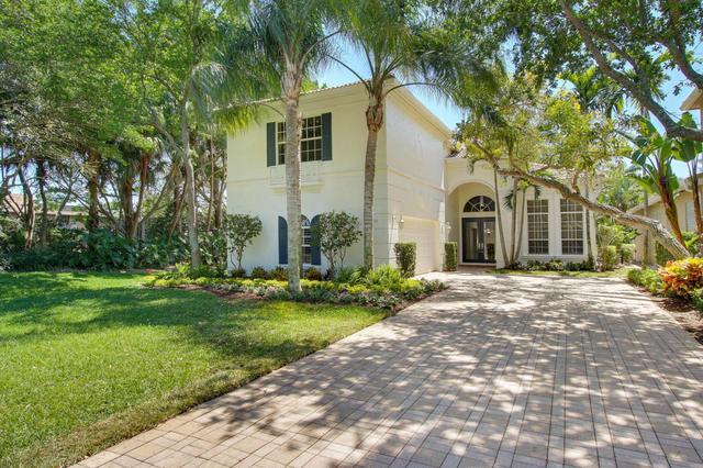 63 Laguna Dr, Palm Beach Gardens, FL 33418