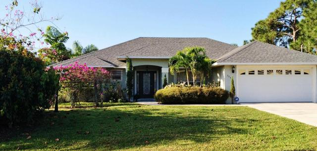 5948 NW Theda Ln, Port Saint Lucie, FL 34983