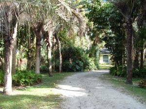 600 Bethany Ln, West Palm Beach, FL
