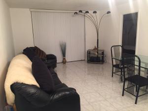 470 Executive Center Dr #APT 1N, West Palm Beach, FL