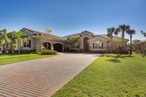 7660 Maywood Crest Dr, West Palm Beach, FL