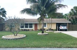 3464 Sapphire Rd, Lake Worth FL 33462