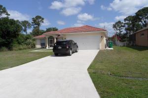 1031 SW Mantilla Ave, Port Saint Lucie, FL