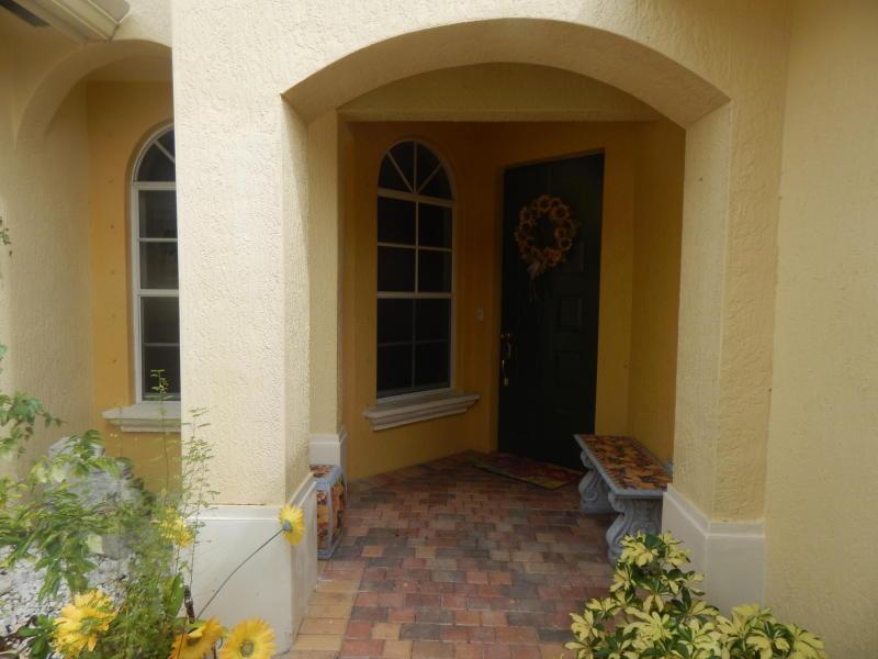 6435 Bella Circle #202, Boynton Beach, FL 33437