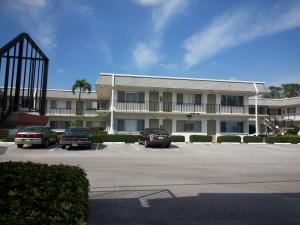3280 Cynthia Ln #APT 208, Lake Worth, FL