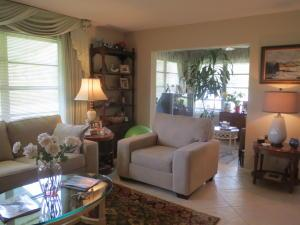 205 E High Point Ct #APT D, Delray Beach, FL