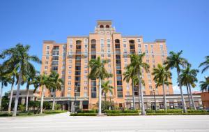 651 Okeechobee Blvd #APT 1003, West Palm Beach FL 33401