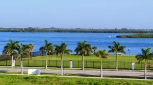 37 Harbour Isle Dr #APT PH03, Fort Pierce FL 34949