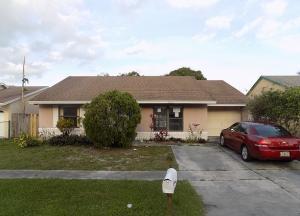 7313 Willow Springs Cir, Boynton Beach FL 33436