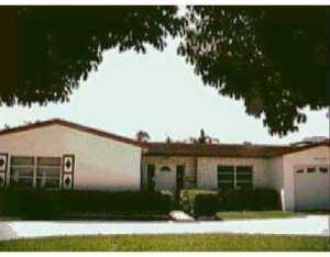 141 N Robbins Dr, West Palm Beach, FL 33409