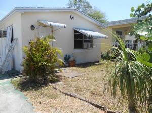 502 S C St, Lake Worth FL 33460