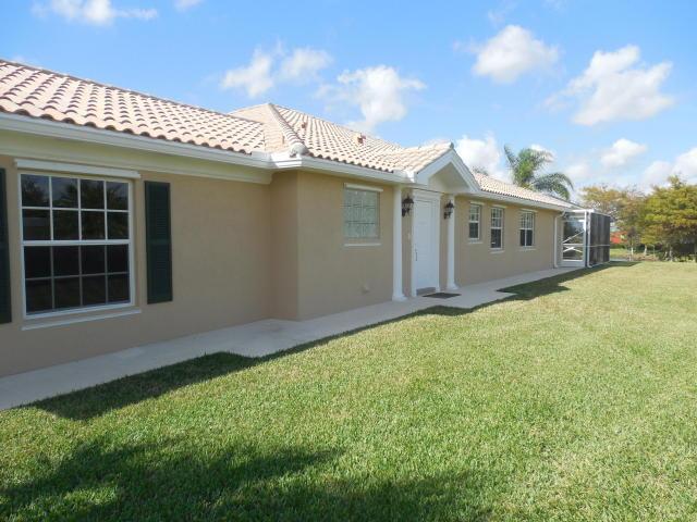 10623 SW Hartwick Dr, Port Saint Lucie, FL 34987