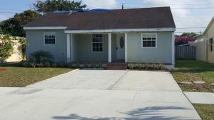 1217 Crestwood Blvd, Lake Worth FL 33460