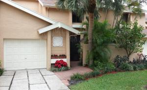 6595 Parkview Dr #APT D, Boca Raton FL 33433