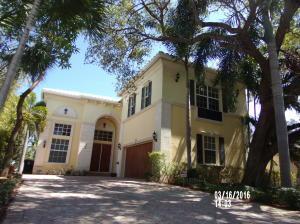 226 N Lakeside Dr, Lake Worth FL 33460