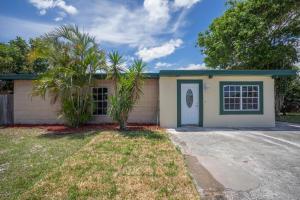 1877 W Chatham Rd, West Palm Beach FL 33415