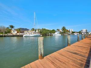 246 Bermuda Beach Dr, Fort Pierce FL 34949