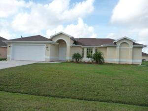 2296 SW Halissee St, Port Saint Lucie, FL