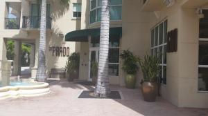 600 S Dixie Hwy #APT 735, West Palm Beach FL 33401