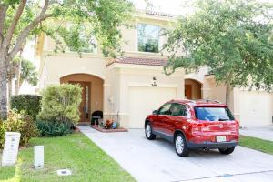 349 River Bluff Ln, West Palm Beach, FL