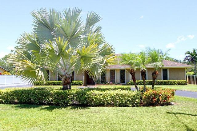 3927 Lowson Blvd, Delray Beach, FL 33445