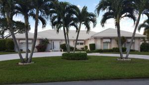 440 N Country Club Dr, Lake Worth FL 33462
