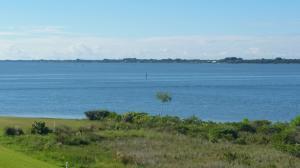 32 Harbour Isle Dr #APT 301, Fort Pierce FL 34949