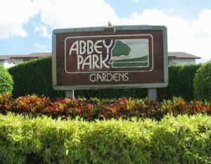 1798 Abbey Rd #APT 204, West Palm Beach FL 33415