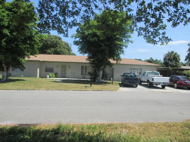 222 NW 3rd Ct, Boynton Beach, FL 33435