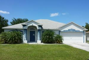 2517 SE Dogwood Ave, Port Saint Lucie, FL