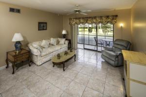811 Sky Pine Way #APT E1, West Palm Beach FL 33415