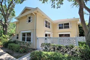 8137 Bridgewater Ct #APT D, West Palm Beach FL 33406