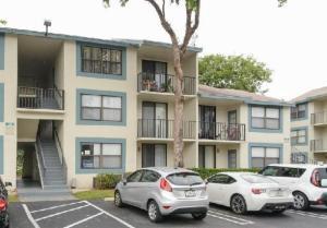 738 Executive Center Dr #APT 32, West Palm Beach FL 33401