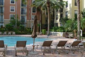 630 S Sapodilla Ave #APT 419, West Palm Beach FL 33401