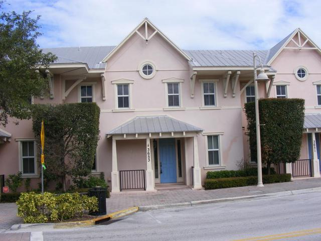 3653 NE Pineapple Ave, Jensen Beach, FL 34957
