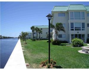 8 Colonial Club Dr #104, Boynton Beach, FL 33435