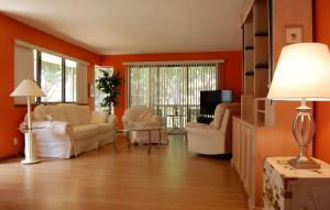 311 Brackenwood Circle, Palm Beach Gardens, FL 33418