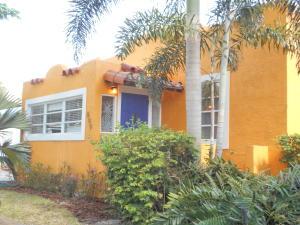 809 Kanuga Drive, West Palm Beach, FL 33401