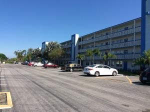 2001 Lincoln A, Boca Raton, FL 33434