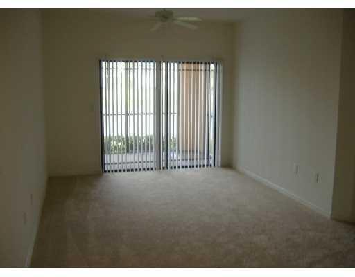2725 Anzio Court #103, Palm Beach Gardens, FL 33410