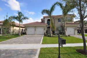 8518 Hawks Gully Ave, Delray Beach, FL 33446